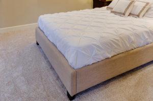 Clean-carpet-in-bedroom