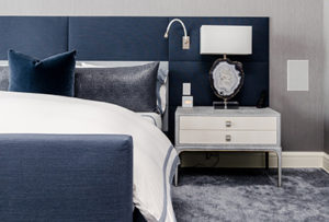 Blue-bedroom-with-gray-carpet