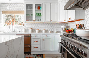 kitchen-with-complementing-flooring
