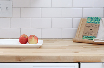 wood-countertop-in-kitchen