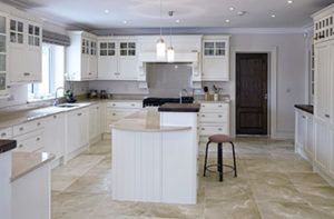 vinyl-flooring-in-modern-kitchen