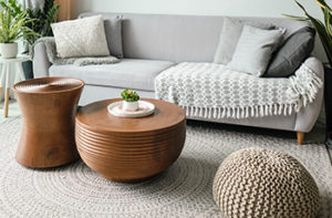 round-area-rug-in-living-room