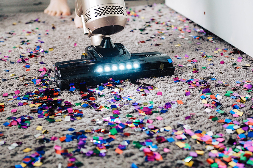 vacuuming-up-glitter-from-carpet