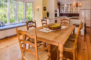 Engineered-hardwood-flooring-in-kitchen