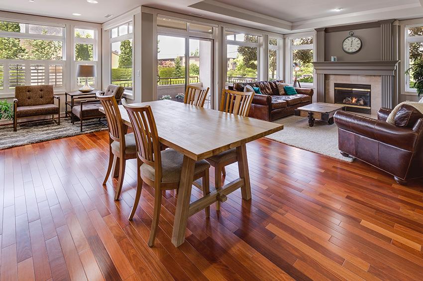 Portland-hardwood-flooring-in-living-room