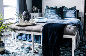 bedroom-patterned-blue-carpet