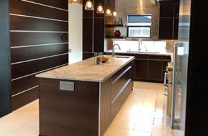 ceramic-tile-flooring-in-modern-kitchen