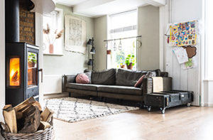 light-color-flooring-makes-spaces-feel-bigger